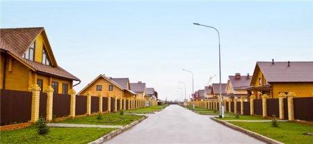Почему сегодня покупают готовые деревянные дома в коттеджных поселках?