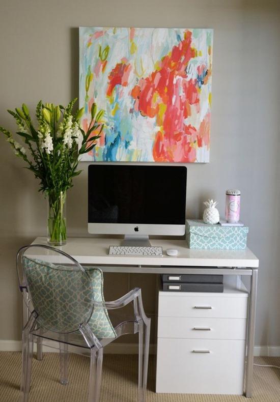 Бюджетный интерьер домашнего офиса для фрилансера