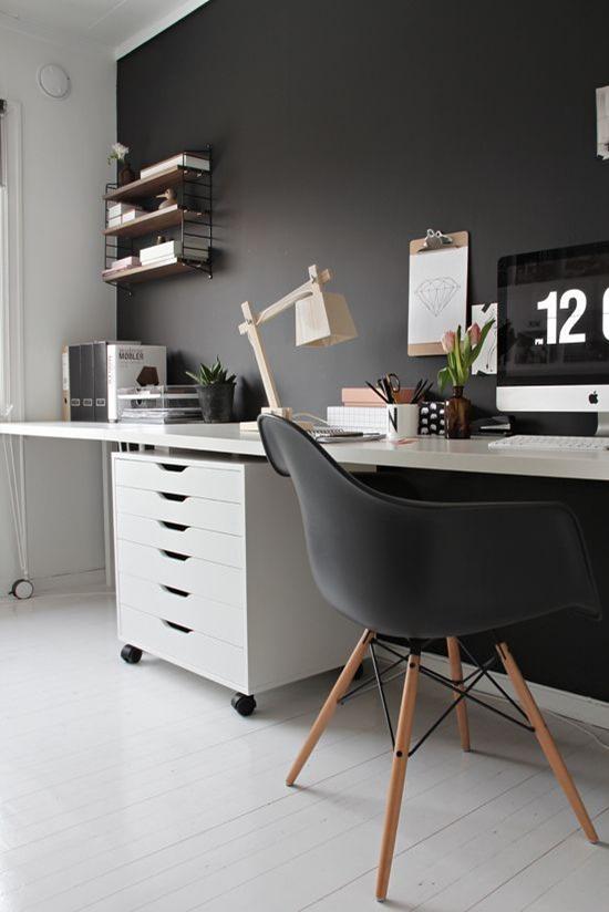 Черные стены в интерьере офиса
