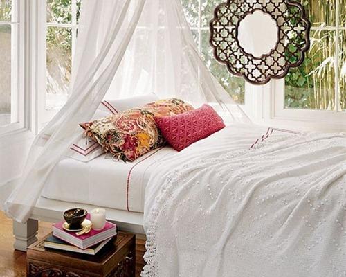 Дизайн интерьера спальни в летнем стиле
