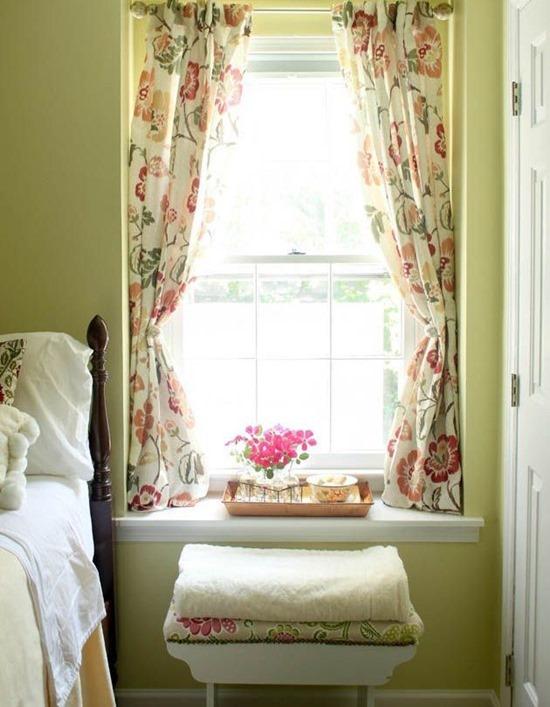 Короткие шторы в интерьере
