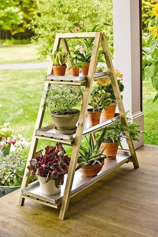 Озеленение веранды загородного дома